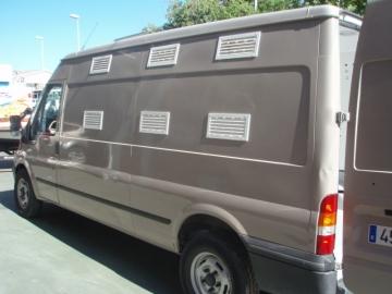 Vehiculo para transporte de perros